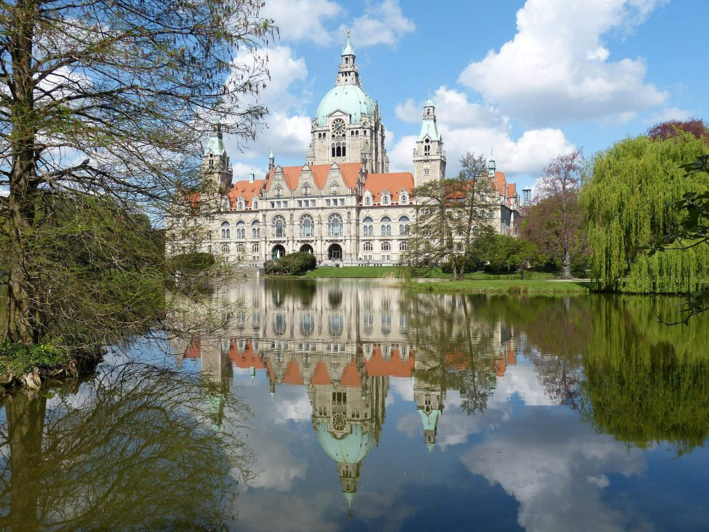 City trips in autumn - New town hall in Hanover, Lower Saxony.
