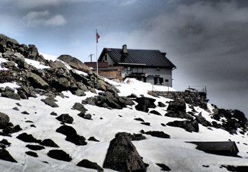 Gletscherwanderung zur Bovalhütte