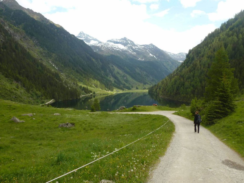 The Riesachsee (lake Riesach) near the theme trail Wilde Wasser (Wild Water) near Schladming.