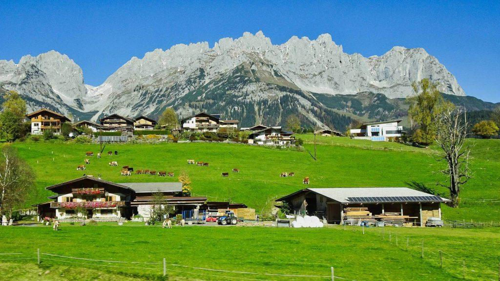 Das Ellmauer Tor - Ein Fels-Sattel im Gebirge Wilder Kaiser.