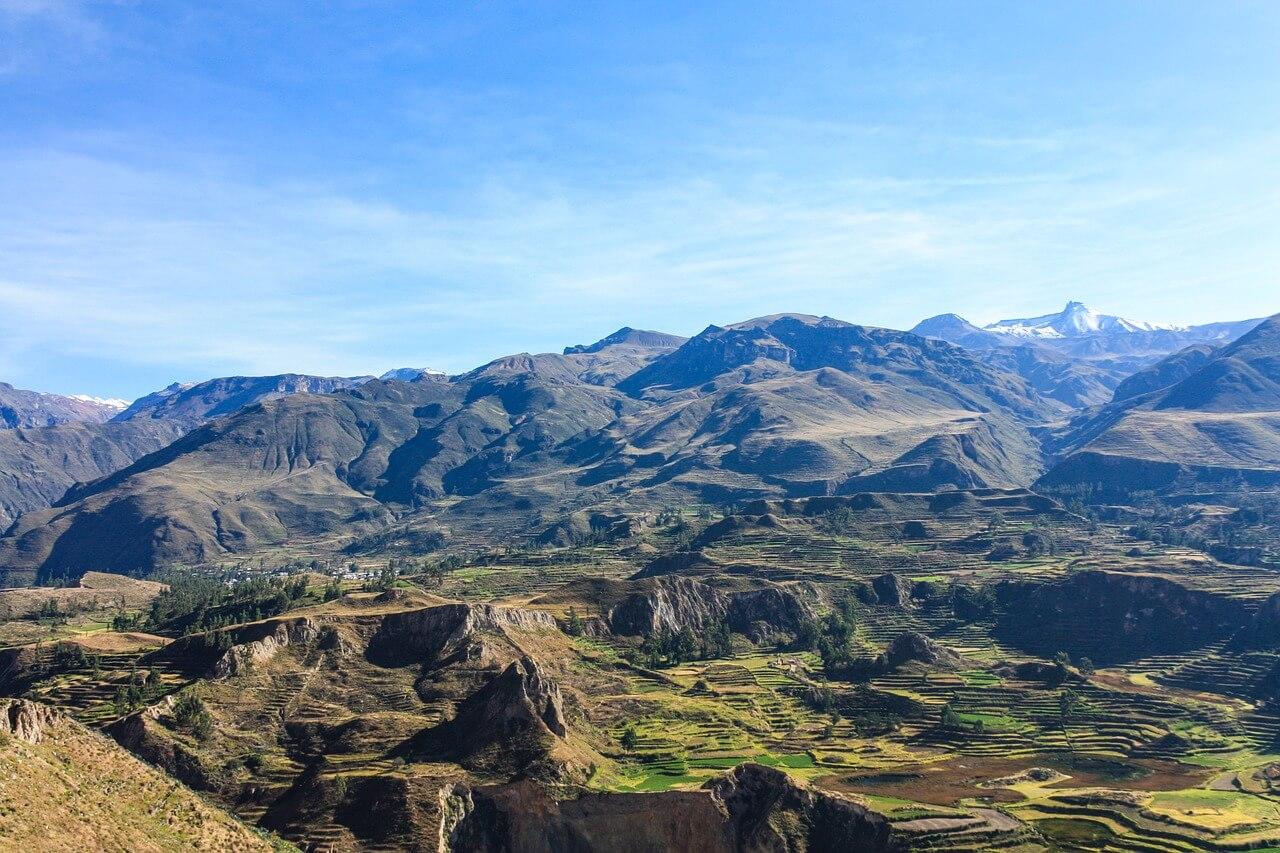 Peru Trekking - Blick auf den Colca Canyon. Foto: Patricia van den Berg, pixabay.