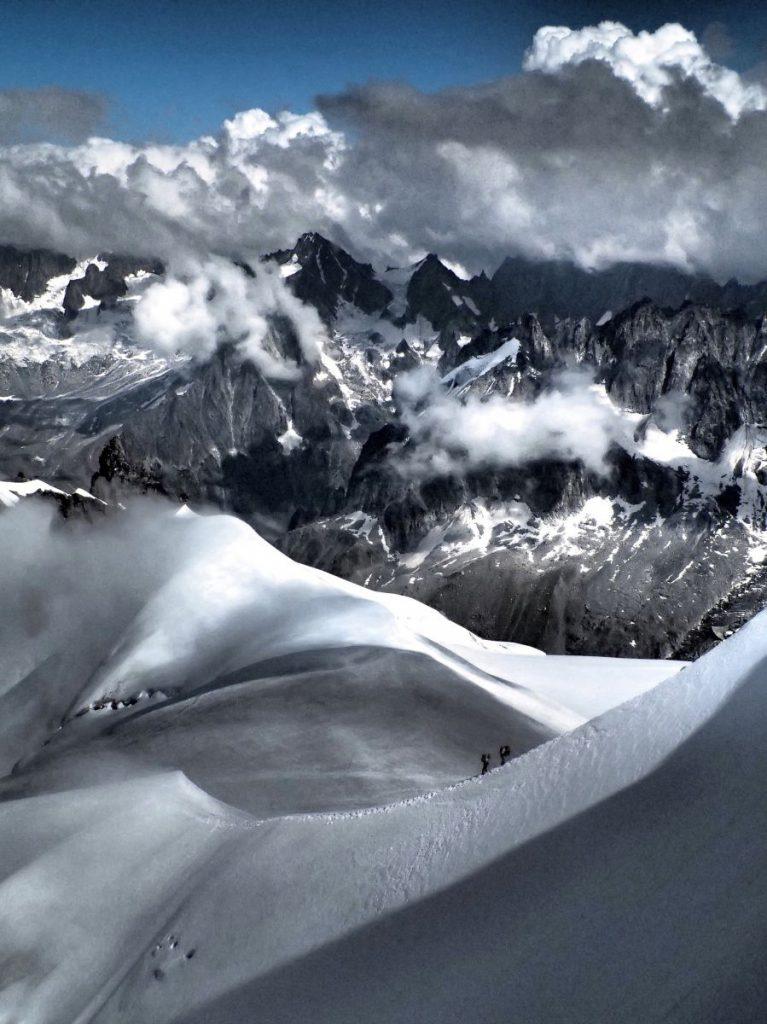 Blick auf die umliegenden Berge.