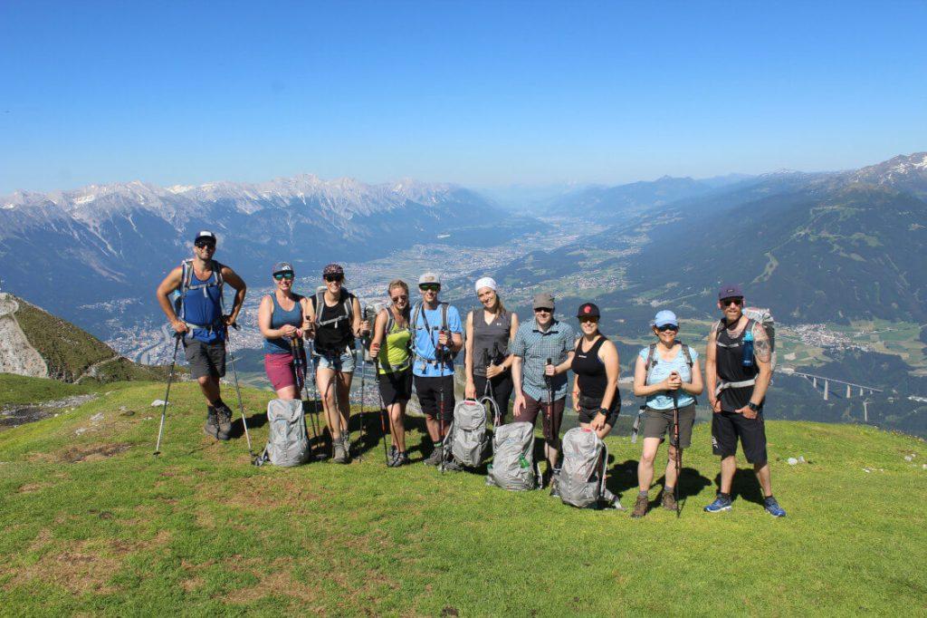 Gruppenfoto auf dem Gipfel der Saile / Nockspitze.