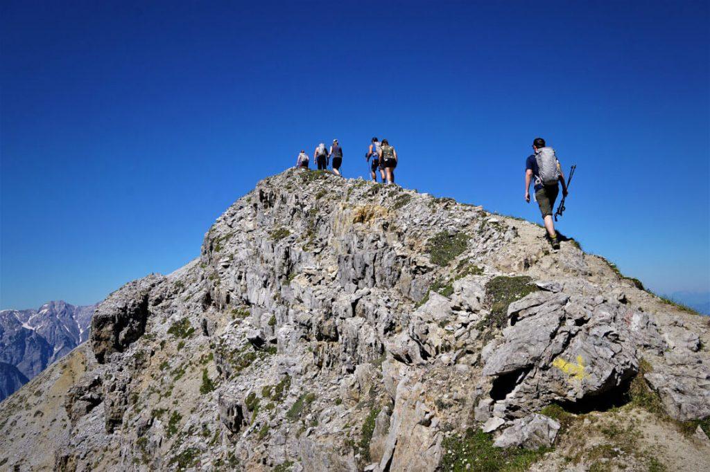 Bergsteigen auf die Saile / Nockspitze (2404 m) in Innsbruck.