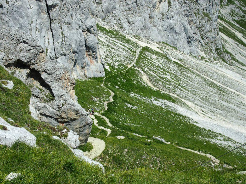 Wanderung auf die Rote Flüh - Durch das Gimpel Kar gehts über die Judenscharte auf den Gipfel.